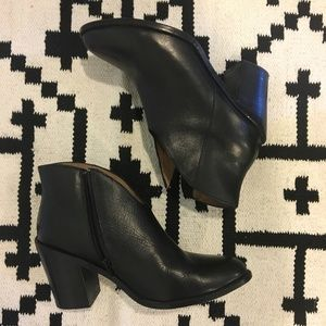 Jeffrey Campbell black booties